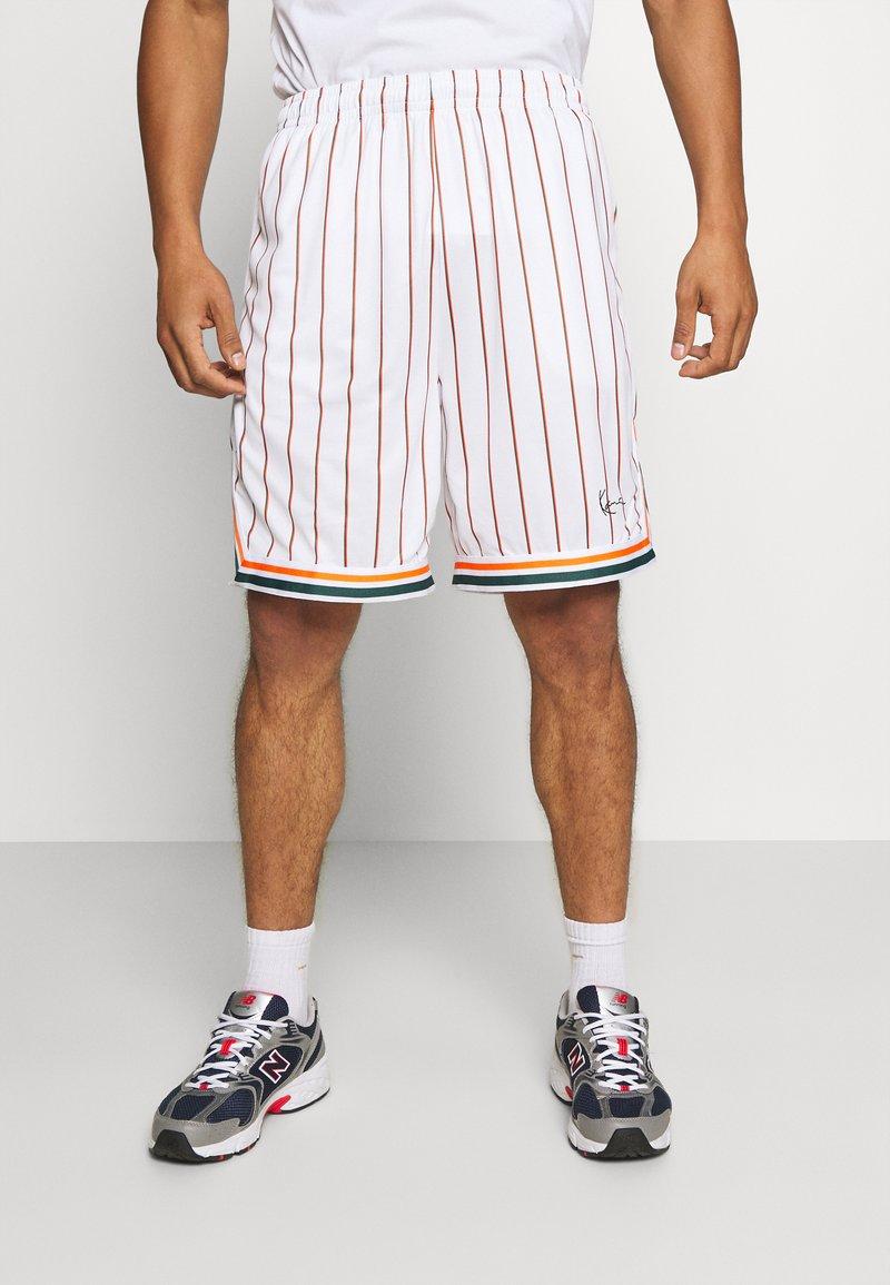Karl Kani - SMALL SIGNATURE PINSTRIPE - Shorts - white