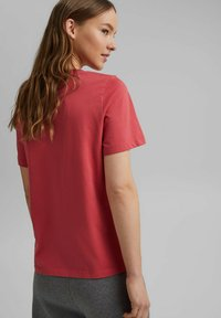 edc by Esprit - Basic T-shirt - red - 2