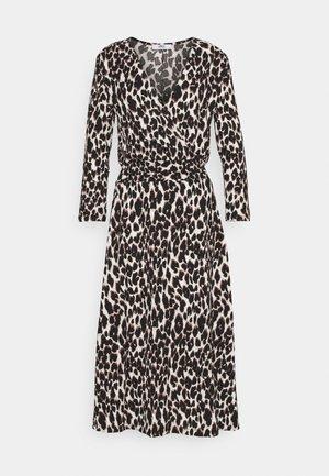 ONLZILLE FIXED DRESS - Denní šaty - cloud dancer