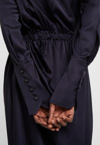Vivienne Westwood Anglomania - NEW FARRITA DRESS - Cocktail dress / Party dress - navy - 5