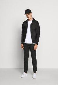 Colmar Originals - MENS  - Pantalones deportivos - black - 1