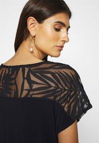Wallis - PALM DEVOURE TOP - T-shirt print - black - 4