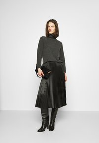 Opus - RURY - Pleated skirt - black - 1