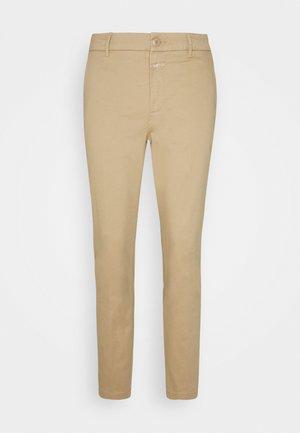 JACK - Chino kalhoty - clay