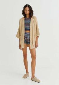 PULL&BEAR - CRÊPE - Summer jacket - mottled beige - 1