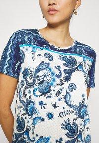 Desigual - MELIAN - T-shirt con stampa - azul dali - 4