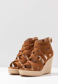 s.Oliver - High heeled sandals - cognac - 4