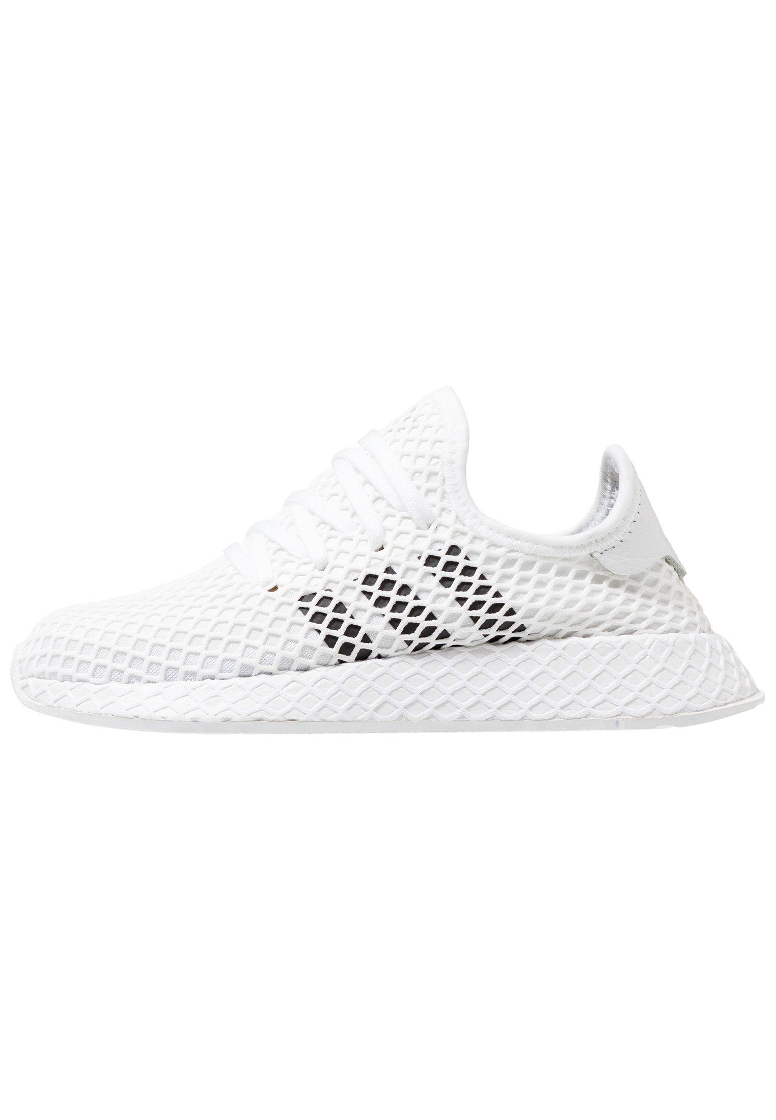 DEERUPT RUNNER Sneakers footwear whitecore blackgrey two