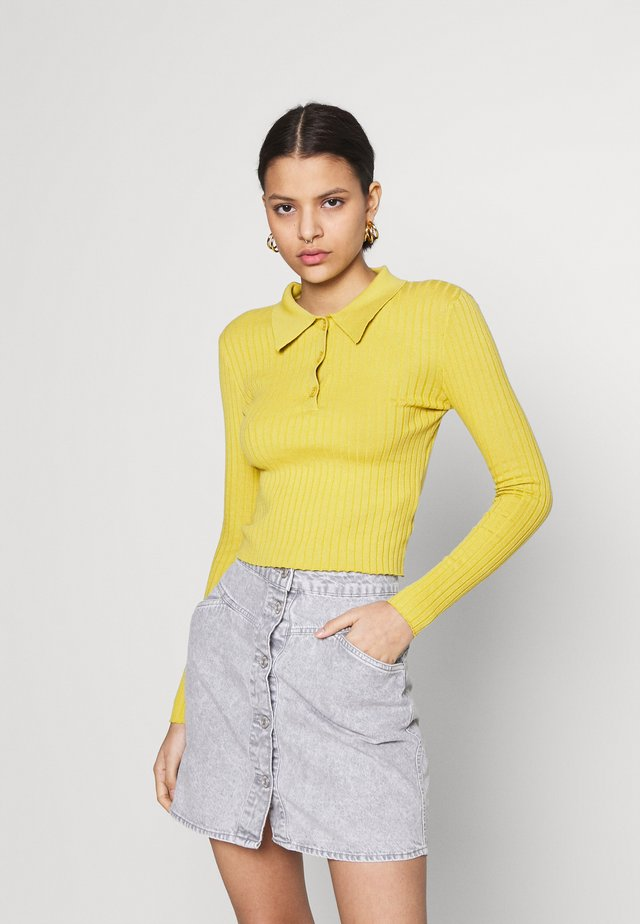 CARE SKINNY WITH COLLAR - Sweter - olive green