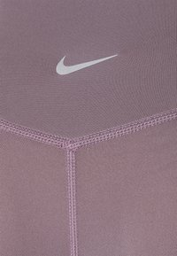 Nike Performance - RUN - Leggings - purple smoke/silver - 6