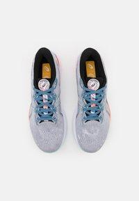 ASICS - GEL-CUMULUS 23 CELEBRATION OF SPORTS - Neutral running shoes - piedmont grey/white - 3