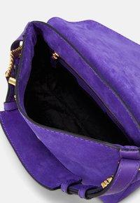 Alberta Ferretti - SHOULDER BAG FLAP - Handbag - blue - 3