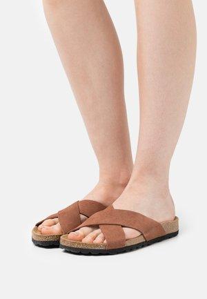 ONLMADISON LEATHER SLIP ON - Slippers - dark pink