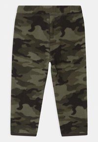 GAP - Pantaloni - black moss - 1