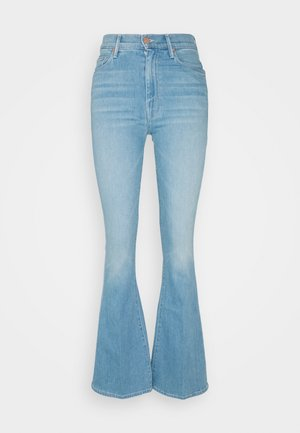 HIGH WAISTED WEEKENDER SKIMP - Jeans bootcut - hold my hand