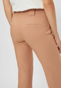 YAS - YASNUTEO FLARE PANT - Trousers - tawny brown - 4