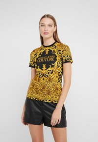 Versace Jeans Couture - T-shirt med print - gold - 0