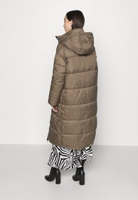 EDITED - OLWEN PUFFER COAT - Winter coat - grün - 2