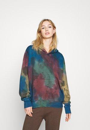 ALISA HOODIE - Jersey con capucha - tie dye
