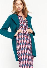 LolaLiza - Short coat - blue - 4