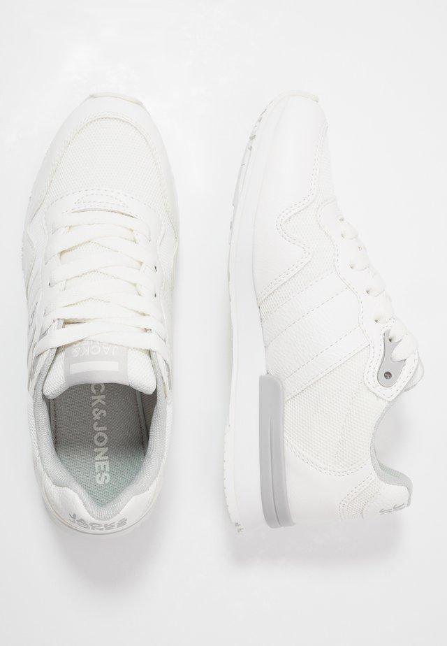 JRSTELLAR - Trainers - bright white