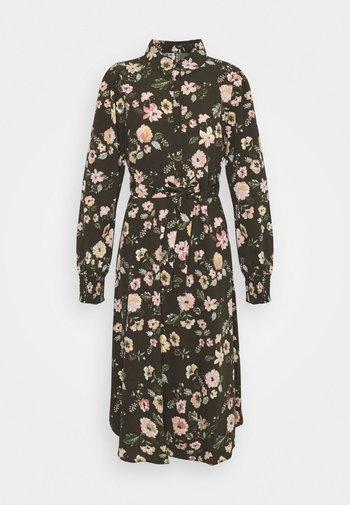 PCFALISHI MIDI SHIRT DRESS - Skjortklänning - black olive