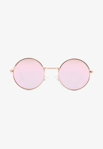 UA GUNDRY SHADES - Sunglasses - gold