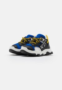 N°21 - Sneakers - blue/black - 1