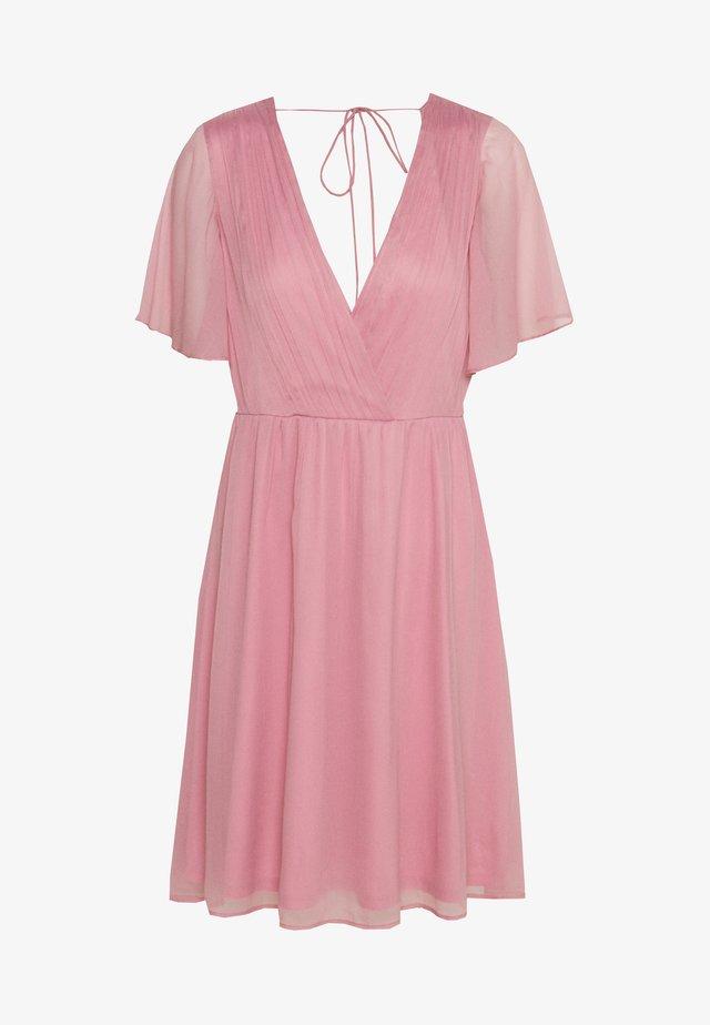WIDE SLEEVE DRESS - Koktejlové šaty/ šaty na párty - rose