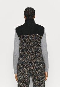 Eivy - LUMBER - Waistcoat - brown - 2