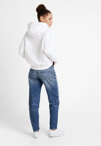 Tommy Jeans - HIGH RISE - Jeans baggy - ace mid - 2