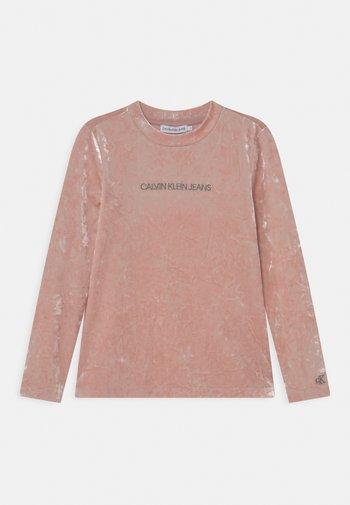 CRUSHED - Bluzka z długim rękawem - delicate rose