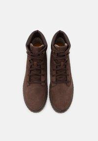 Caterpillar - PASSPORT CLASSIC - Sneakers alte - chocolate - 3