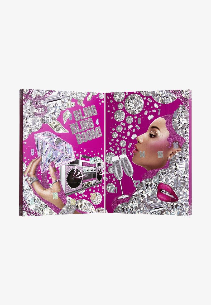Nyx Professional Makeup - XMAS ADVENT CALENDAR 2020 - Calendrier de l'Avent - -