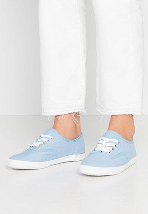 Tenisky - blue