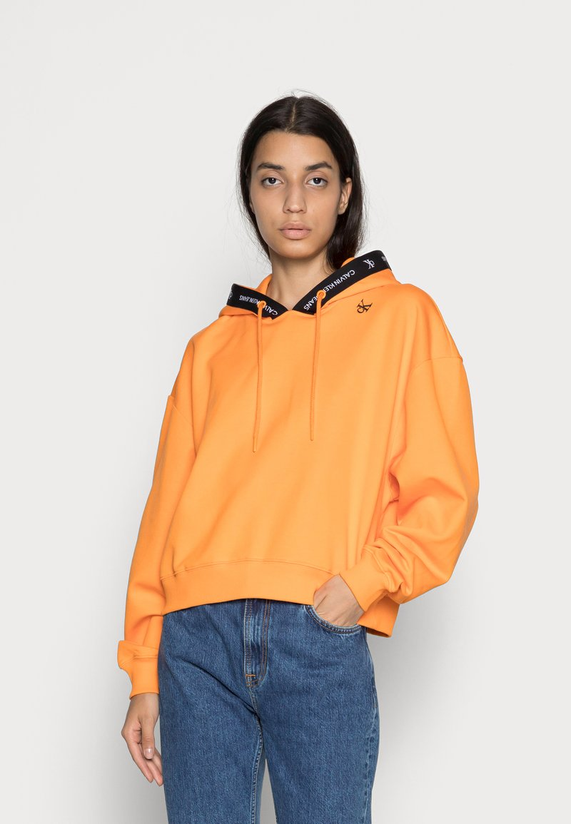 Calvin Klein Jeans - TAPING HOODIE - Sweat à capuche - island orange