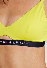 Tommy Hilfiger - CORE SOLID LOGO - Bikini top - empire yellow - 4