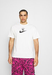 Nike Performance - 90 TEE - Camiseta estampada - pure - 0