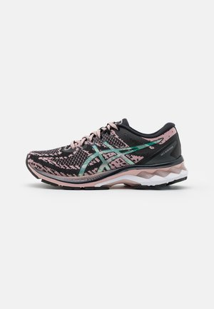 GEL-KAYANO 27 THE NEW STRONG - Stabiliteit hardloopschoenen - black/ginger peach