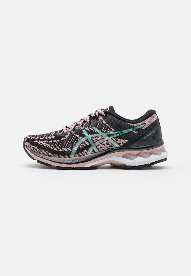 GEL-KAYANO 27 THE NEW STRONG - Stabile løpesko - black/ginger peach