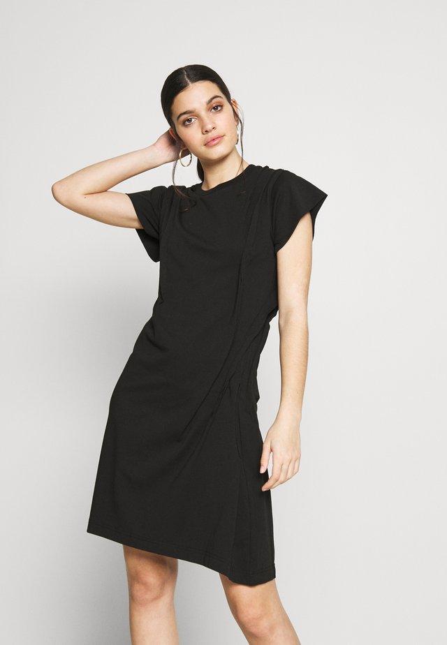 D-ATRIX DRESS - Žerzejové šaty - black