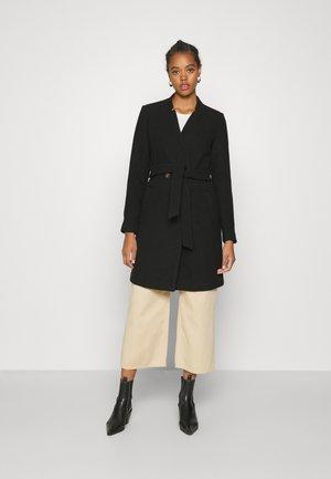 VMCLASSBEA JACKET  - Zimní kabát - black