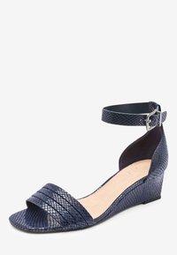 Next - Sandaletter med kilklack - blue - 4