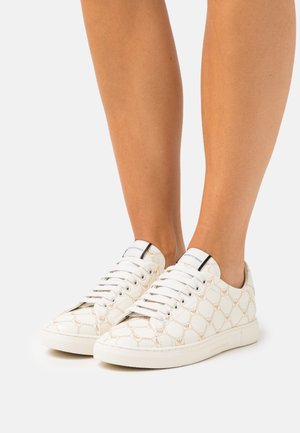 STAN ALL OVER EAGLE - Sneakers laag - white