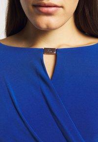 Lauren Ralph Lauren - MID WEIGHT DRESS TRIM - Shift dress - summer sapphire - 5