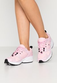 Tommy Jeans - HERITAGE  - Sneakers - romantic pink - 0