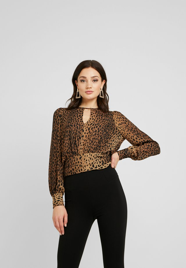 LEOPARD KEYHOLE BLOUSE - Camicetta - light brown/black