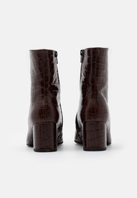 Högl - Classic ankle boots - dark brown - 3