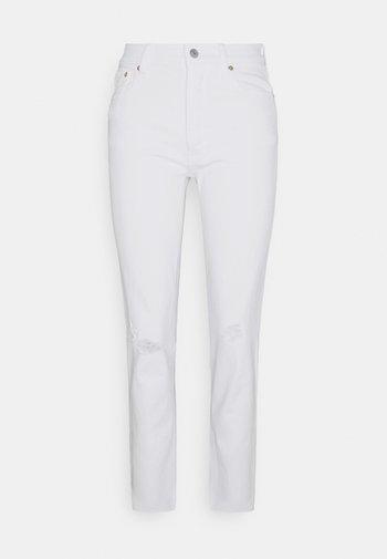 CHEEKY OPTIC - Jeans slim fit - white global