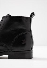 Apple of Eden - DEMI - Kotníková obuv - black - 2